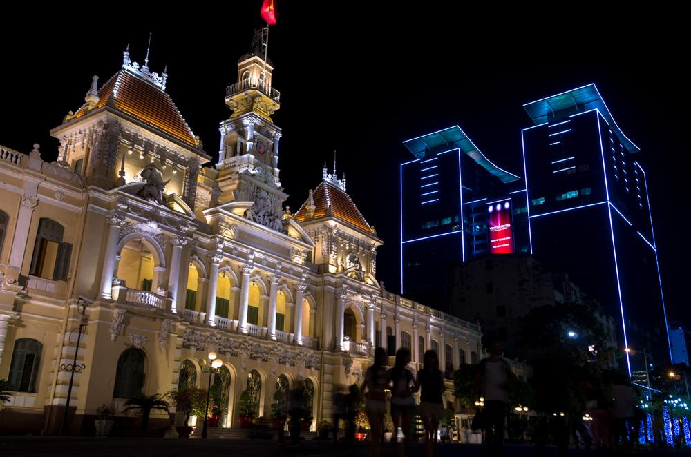 Vincom Center behind a government building, Saigon