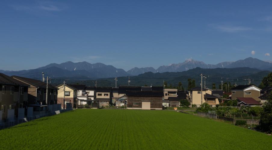 Tateyama Range from the train to Toyama