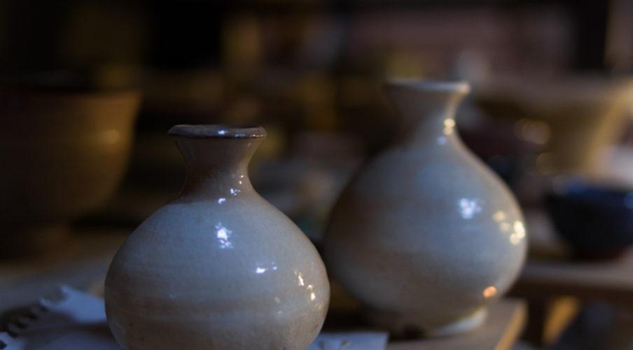 Kyoto pottery: Sake bottle